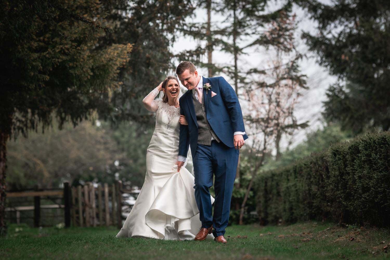 natural-essex-wedding-photographer-smeetham-hall-barn